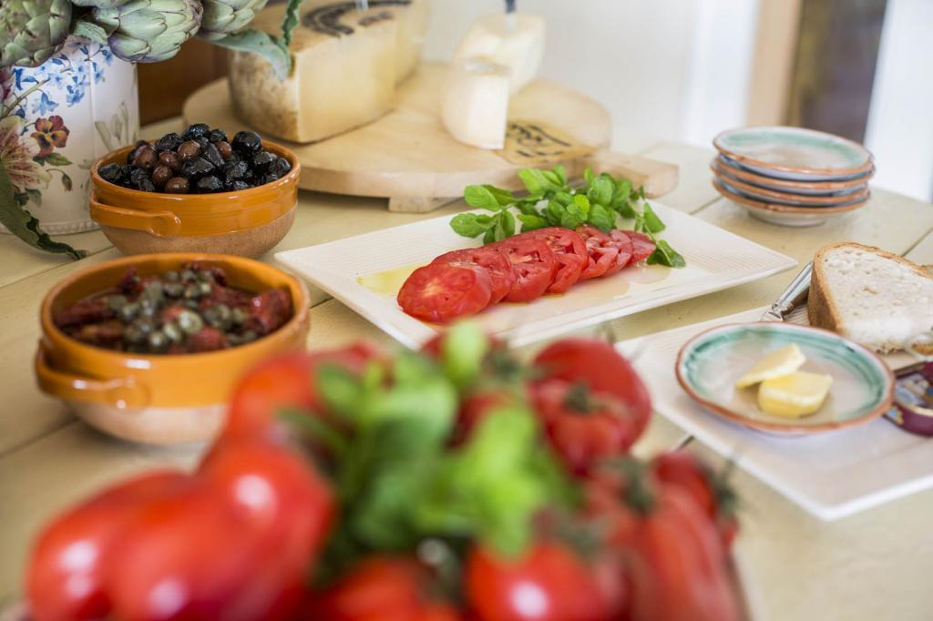 <b>gourmet-la-caletta-hotel-bolognese3</b>