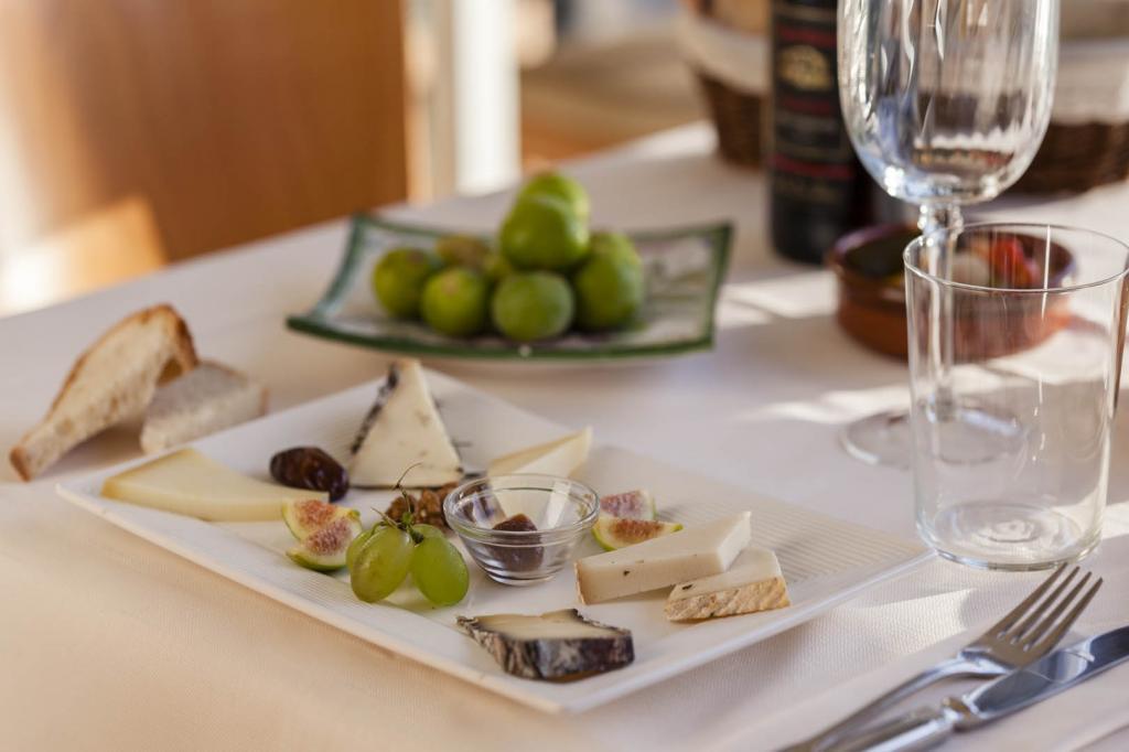 <b>gourmet-la-caletta-hotel-bolognese6</b>